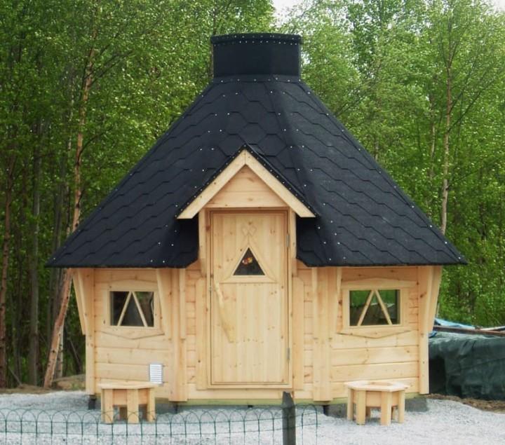 Вариант крыши гриль домика